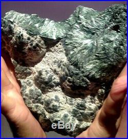 Large Seraphinite Clinochlore Angel Wings Polished Slab 190 X 170 X 42 MM 1483 G